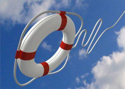 Как правильно спасать выпавшего за борт